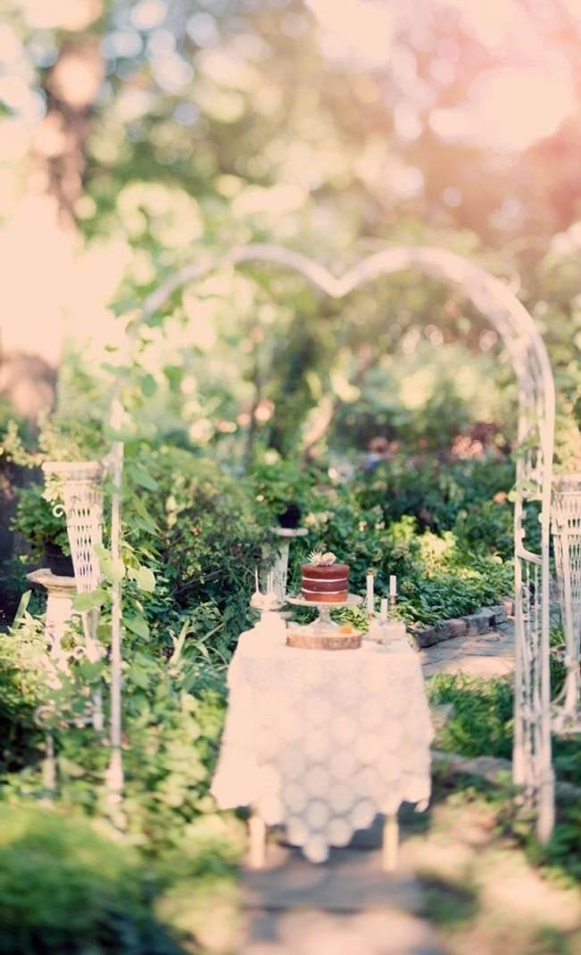 Ethereal Secret Garden Bridal Shoot {Joyeuse Photography} 14