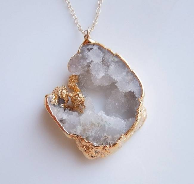 Raw Stone Jewelry for Your Bridal Party 9
