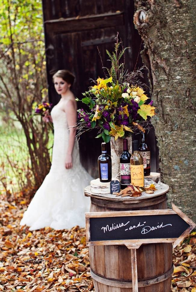 'Meant to Bee' Autumn Wedding Style {Lis Photography} 8