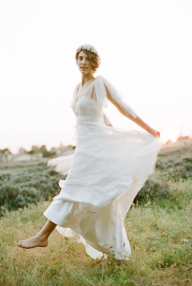 Ethereal Lavender Editorial Featuring Jenny Yoo's Nabi Collection {This Modern Romance} 6