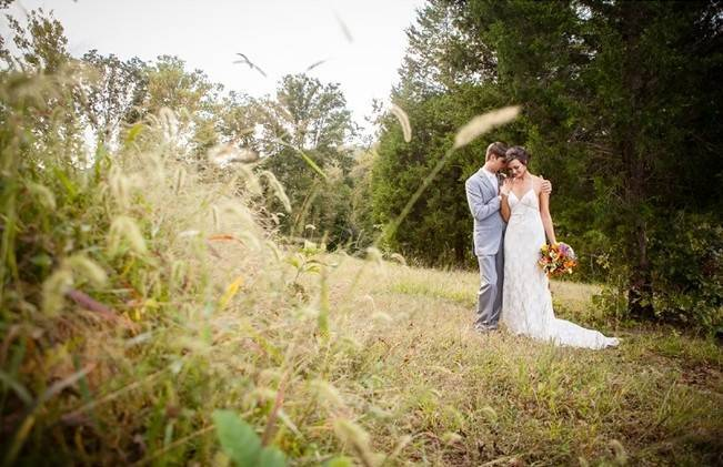 Rustic Tennessee Wedding at Front Porch Farms {The Collection} 12