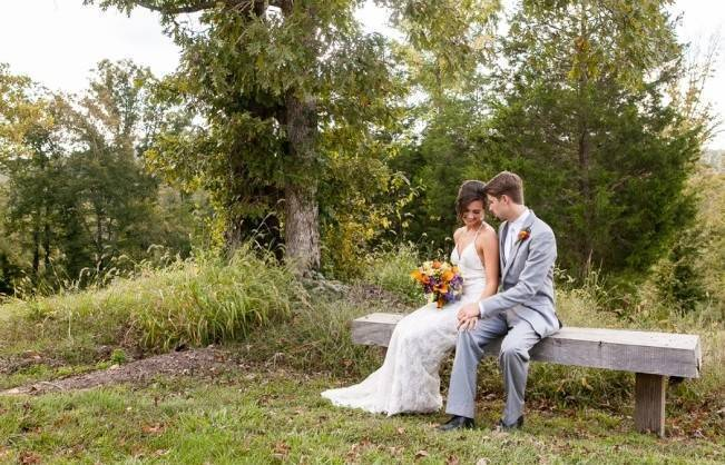 Rustic Tennessee Wedding at Front Porch Farms {The Collection} 14