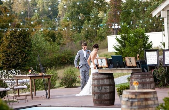 Rustic Tennessee Wedding at Front Porch Farms {The Collection} 3