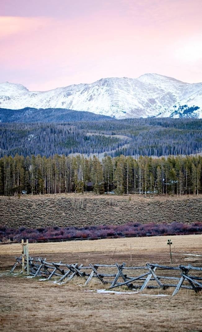 Woodsy Colorado Mountain Wedding {Karen High Photography} 17