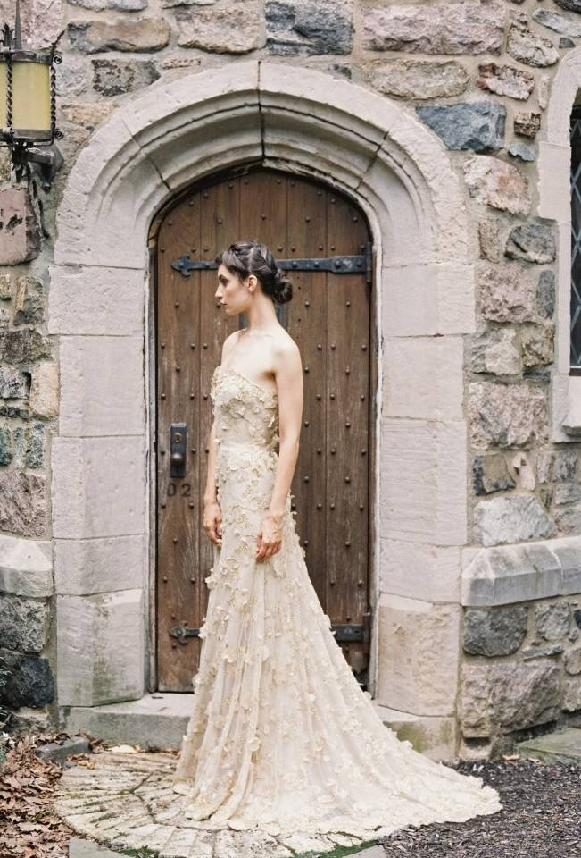 Gold Wedding Dress Inspiration 12