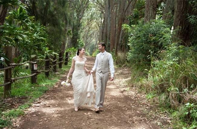 Pastel Oahu Destination Wedding {Rachel Robertson Photography} 10