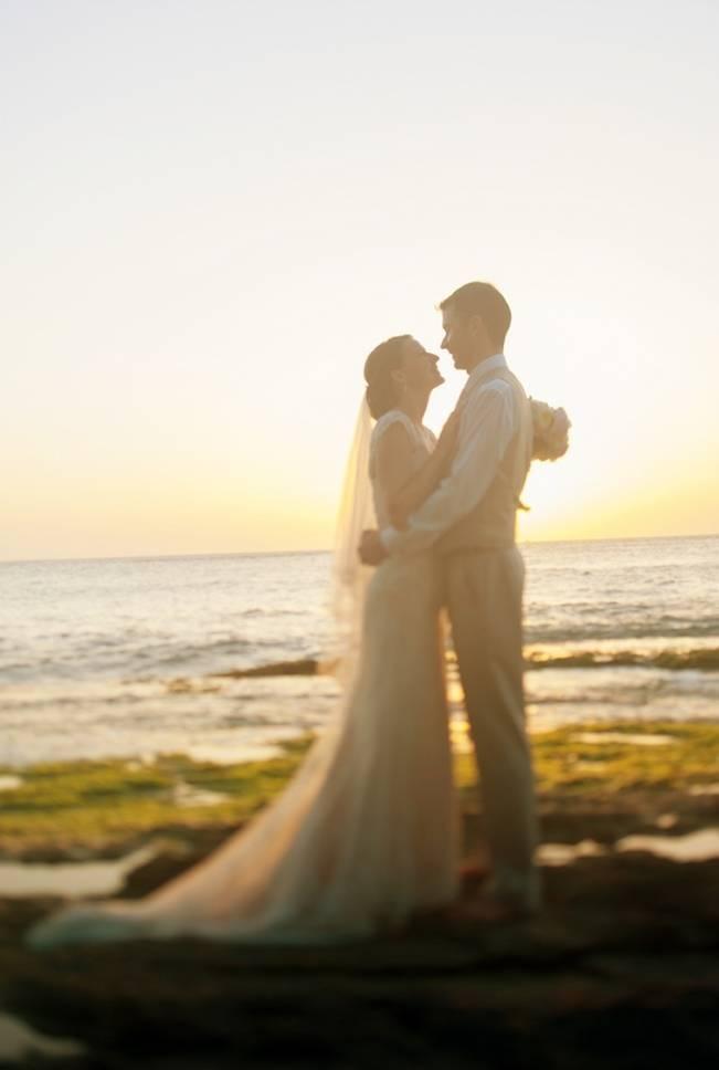 Pastel Oahu Destination Wedding {Rachel Robertson Photography} 23