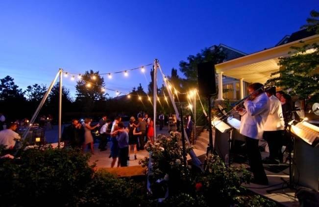 Utah-Backyard-Garden-Wedding-Pepper-Nix-Photography-31