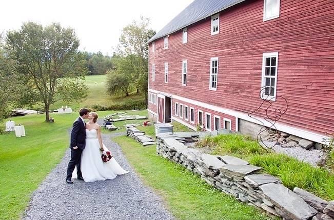 8 Fabulous Outdoor Wedding Venue Ideas