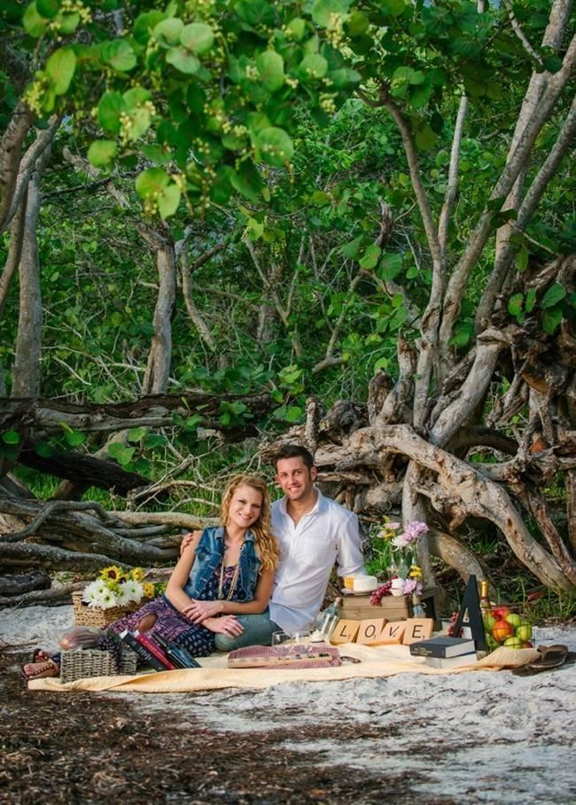 Boho Picnic Engagement Shoot {Ashlee Hamon Photography, Inc.} 4