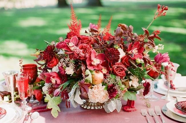 Elegant Red Alfresco Wedding Inspiration {Carmen Santorelli Photograhy} 1