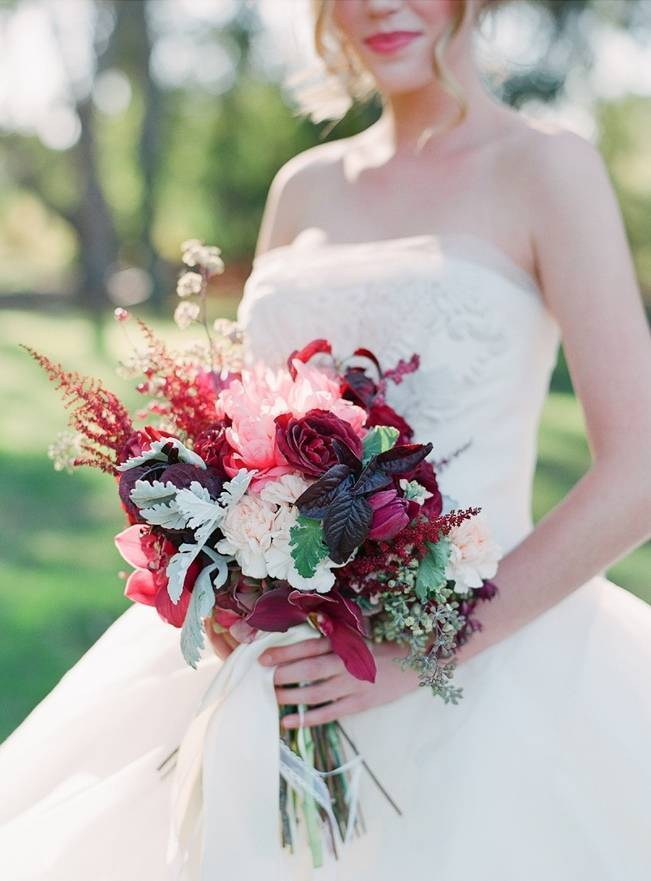 Elegant Red Alfresco Wedding Inspiration {Carmen Santorelli Photograhy} 3