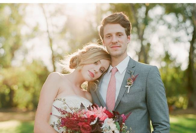 Elegant Red Alfresco Wedding Inspiration {Carmen Santorelli Photograhy} 7