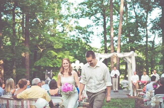 Rustic Lakeside North Carolina Wedding {Kelly Rae Stewart Photography} 13
