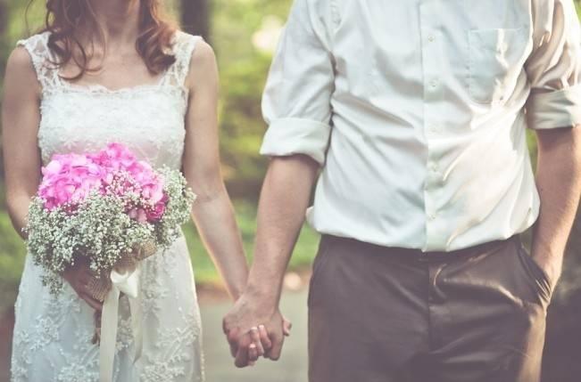 Rustic Lakeside North Carolina Wedding {Kelly Rae Stewart Photography} 16