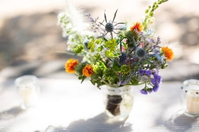 Simple California Picnic in the Park Wedding {Heidi Sandoval Photography} 13