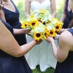 Vermont Rustic Chic Sunflower Wedding {Floor Three Photography} 4