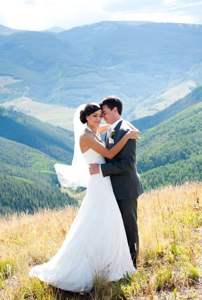 Yellow + Gray Mountain Wedding in Vail, Colorado {Brinton Studios} 10