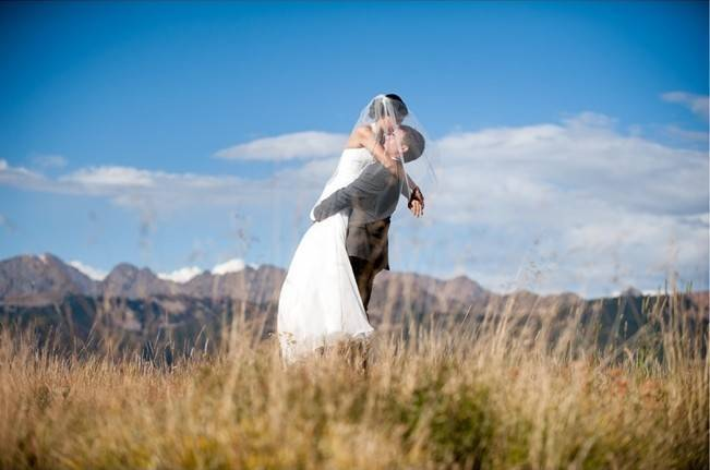 Yellow + Gray Mountain Wedding in Vail, Colorado {Brinton Studios} 11