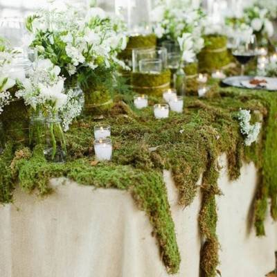 Moss Décor Ideas for a Nature Inspired Wedding