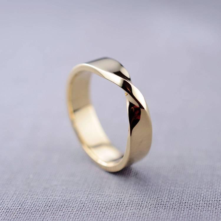 6mm-mobius-ring-1