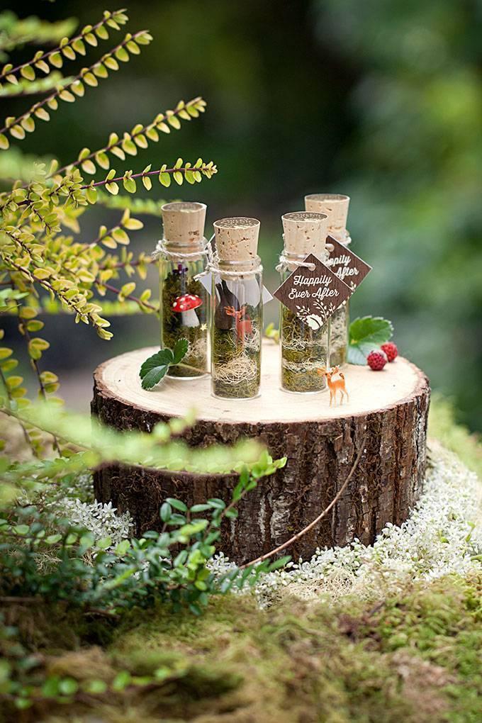 Evermine - woodland terrarium vial favors