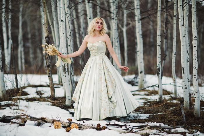 Nature Meets Vintage Bridal Inspiration – Lacy Dresses Vintage Co + Whynaught Shop 12