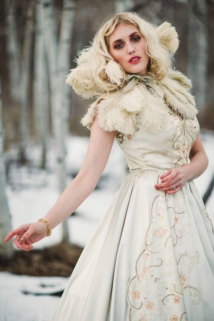 Nature Meets Vintage Bridal Inspiration – Lacy Dresses Vintage Co + Whynaught Shop 18