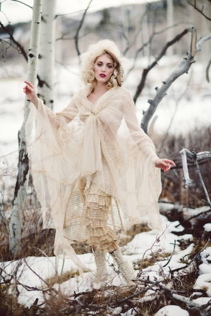 Nature Meets Vintage Bridal Inspiration – Lacy Dresses Vintage Co + Whynaught Shop 6
