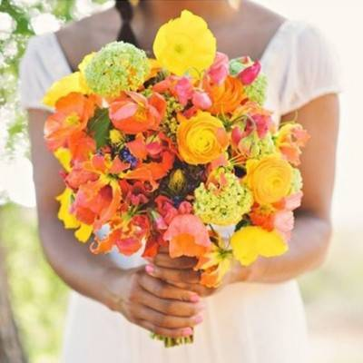 (Natural) Neon Wedding Bouquets