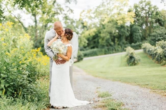 Southern Vineyard Wedding {Hay Alexandra Photography} 18