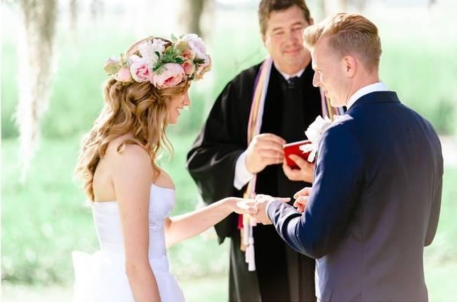 Charming Southern Wedding at Litchfield Plantation {Pasha Belman Photography} 11