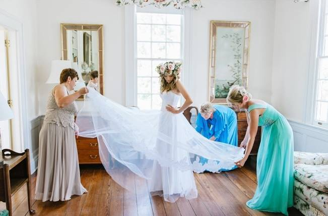 Charming Southern Wedding at Litchfield Plantation {Pasha Belman Photography} 3