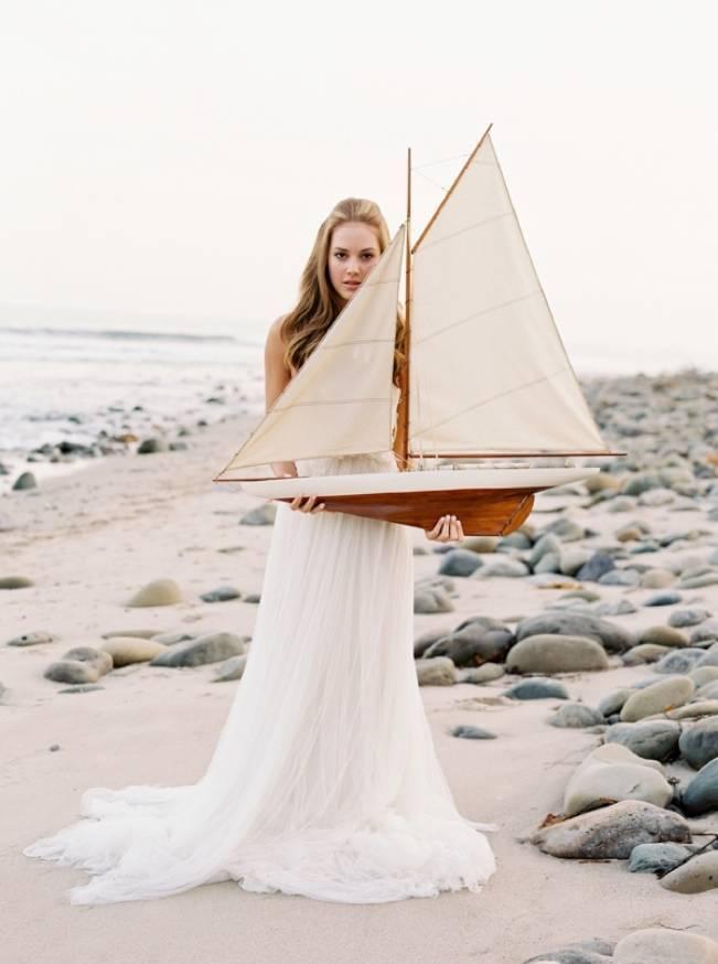 Natural + Elegant Nautical Shoot in Santa Barbara {Jose Villa} 18