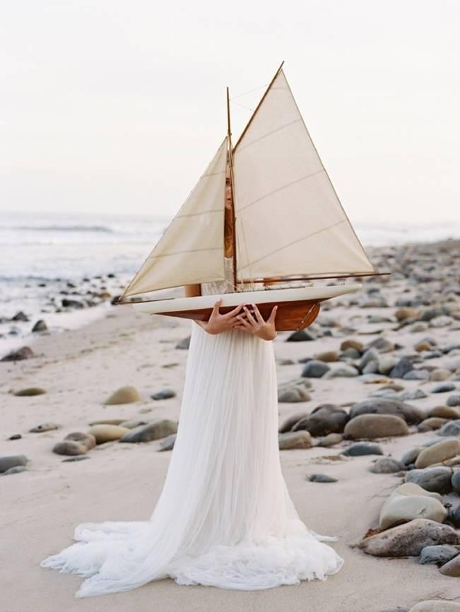 Natural + Elegant Nautical Shoot in Santa Barbara {Jose Villa} 6