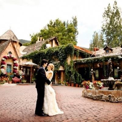 Pink and Ivory Vineyard Mountain Wedding {Pepper Nix}