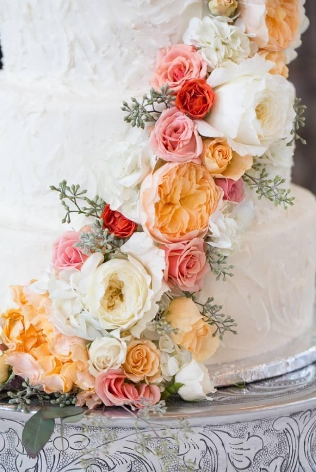 Sweet Vineyard Wedding in Virginia {Gayle Driver Photography} 19