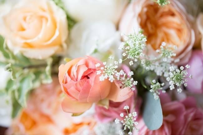 Sweet Vineyard Wedding in Virginia {Gayle Driver Photography} 5