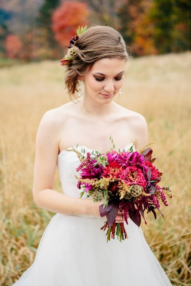 Ethereal-Autumn-Style-in-Vermont-Ampersand-Wedding-Photography-15