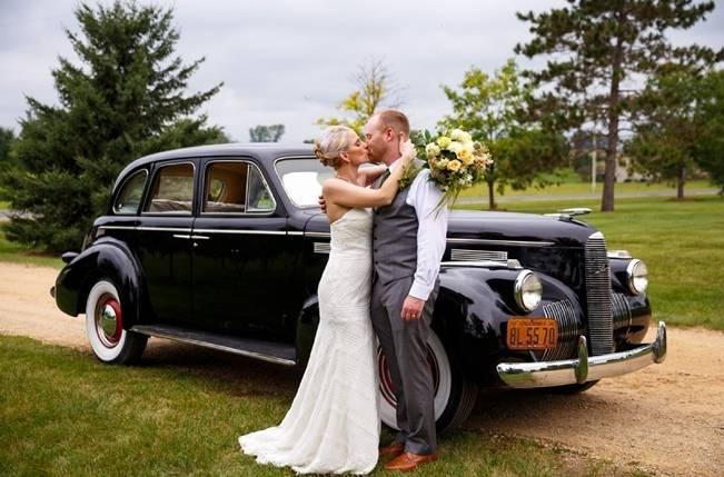 Hops Themed Wisconsin Farm Wedding {Studio Jada Photography} 19