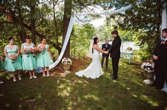 Mint Backyard wedding in Northern Ontario {Caroline Ross Photography} 10