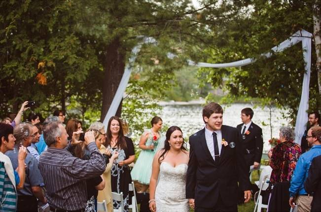 Mint Backyard wedding in Northern Ontario {Caroline Ross Photography} 11
