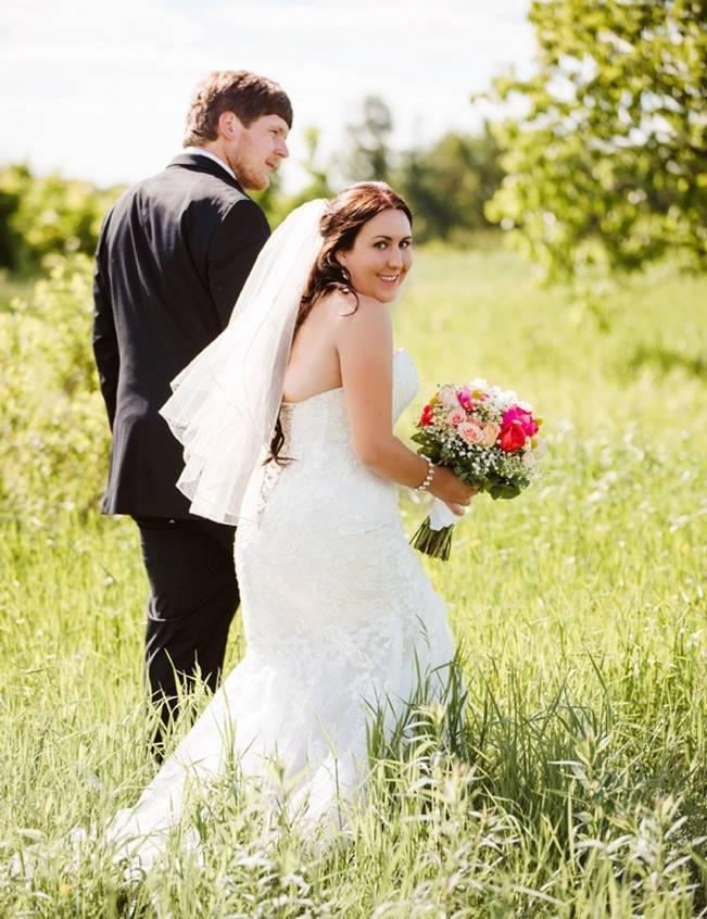 Mint Backyard wedding in Northern Ontario {Caroline Ross Photography} 13