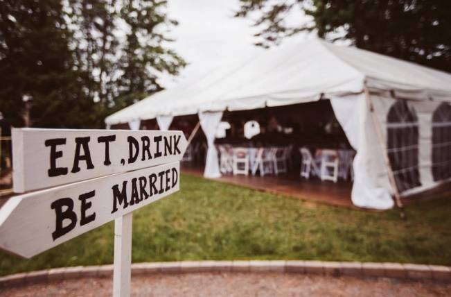 Mint Backyard wedding in Northern Ontario {Caroline Ross Photography} 18