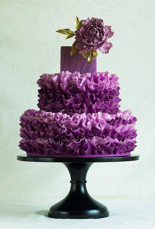 Prettiest Purple Cakes 3 – Photo via Craftsy member ModernLovers