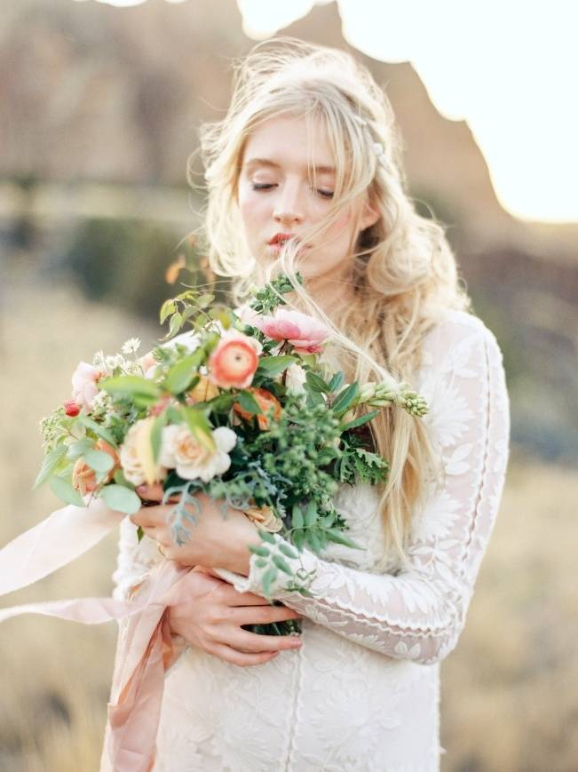 River Bridal Inspiration from Bend, Oregon {Connie Whitlock} 11