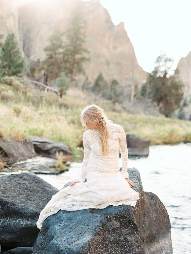 River Bridal Inspiration from Bend, Oregon {Connie Whitlock} 6