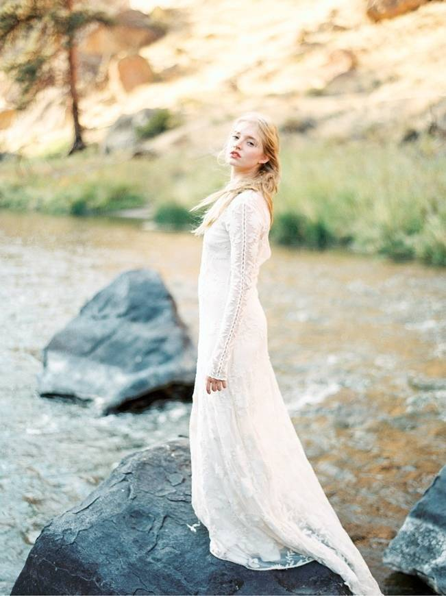 River Bridal Inspiration from Bend, Oregon {Connie Whitlock} 9