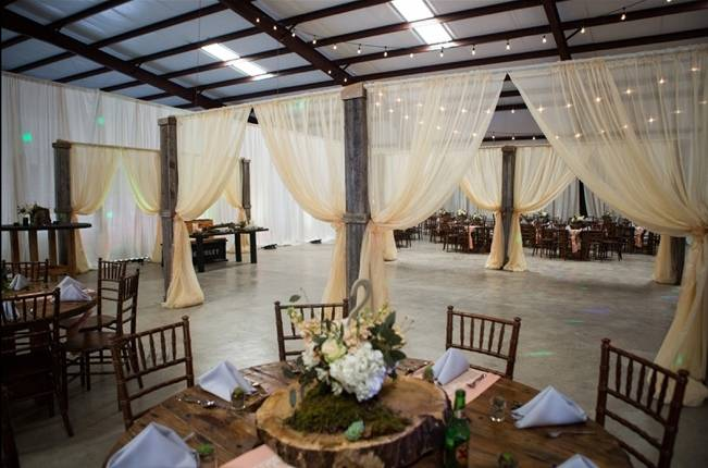 Elegant + Rustic Texas Wedding {Shelly Taylor Photography} 17