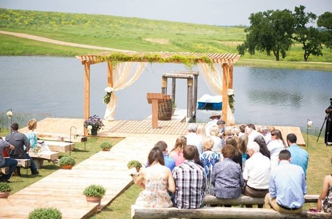 Elegant + Rustic Texas Wedding {Shelly Taylor Photography} 7